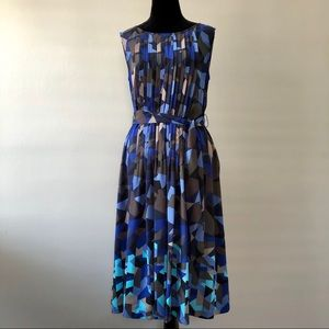 Halogen Geometric Print Pleated Front Belted Dress